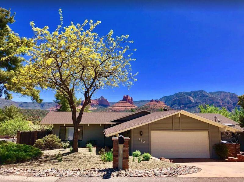 Airbnb near the Sedona Mountains in Arizona.