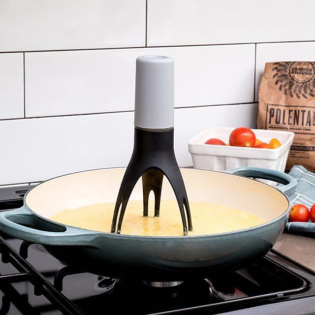 Automatic pan stirrer with timer.