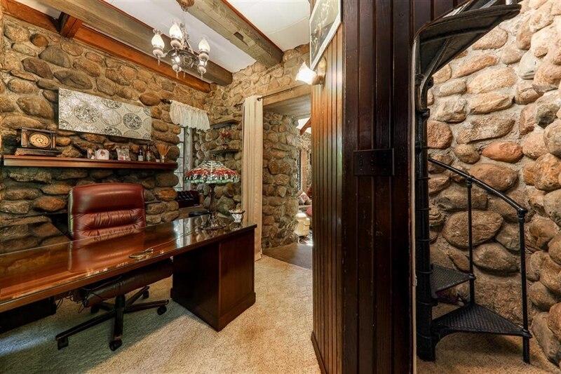 secret passageways castle