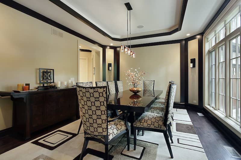 tray ceiling in dining room