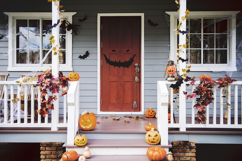 Porch decorated for Halloween.