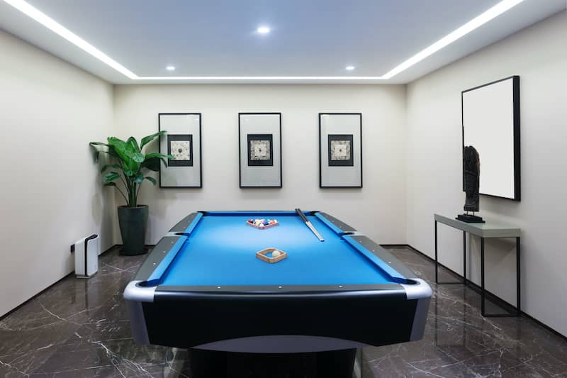 pool table in man cave garage