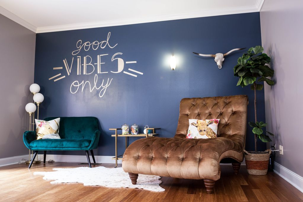 Apartment Airbnb in downtown Indianapolis, Indiana.