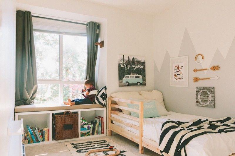 kids room with a jungle theme