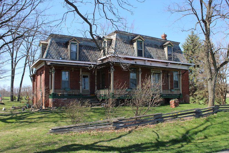 Large vernacular home courtesy of Don Allison