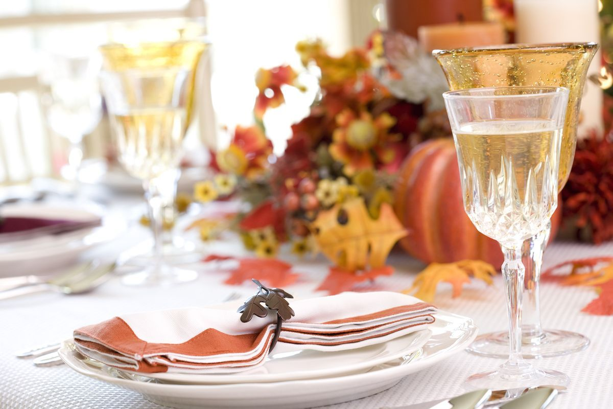 Orange and white Thanksgiving tables cape.