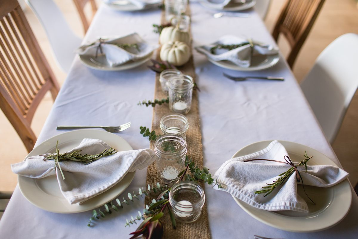 White table cloth with burlap table runner.
